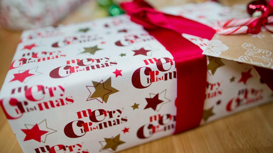 Musik Und Bucher Diese Geschenke Wollten Die Deutschen Nach Weihnachten Gleich Wieder Loswerden