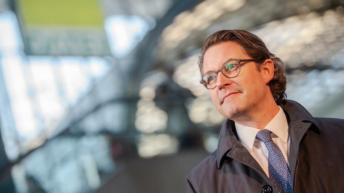 Verkehrspolitik: Andreas Scheuer hortet Ausgabenüberschüsse