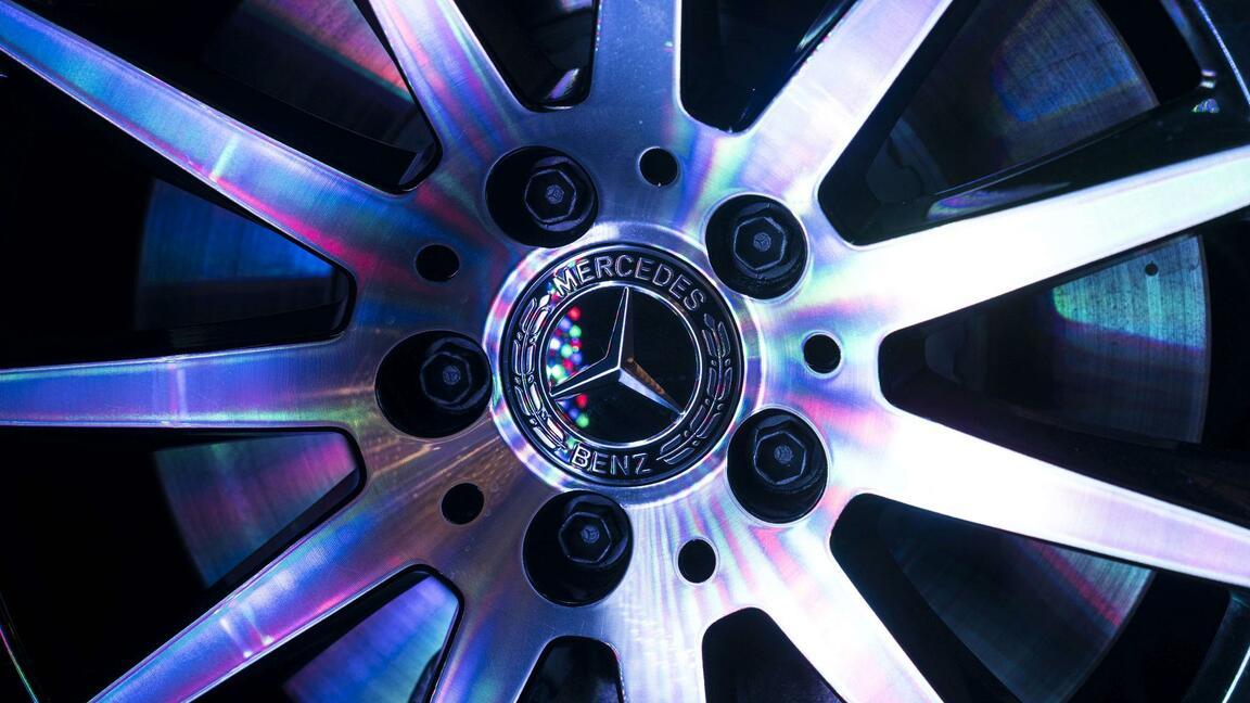Autokonzern: Daimler verschärft seinen Sparkurs: Bis zu 15.000 Mitarbeiter sollen gehen