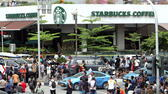 epa05101234 Traffic runs again after a bomb blast near Starbucks cafe in front of a shopping mall in Jakarta, Indonesia, 14 January 2016. At least seven people, including five suspected attackers, died in bomb blasts and gunfire in the centre of the Indonesian capital Jakarta, police said, in what the country's president described as an act of terrorism. The assailants struck outside a Starbucks cafe and a police post near the well-known Sarinah shopping complex. Indonesia has faced problems in recent years with extremist violence, often linked to Islamist groups, and it is estimated that hundreds of Indonesians have joined the Islamic State group in the Middle East. EPA/ADI WEDA +++(c) dpa - Bildfunk+++ dpa